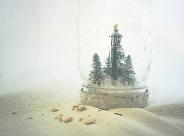 handmade narnia lamp post snow globe in a mason jar